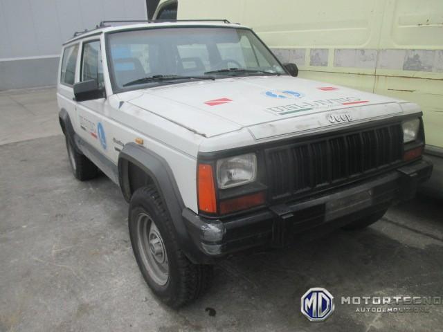 ricambi per Jeep Cherokee II XJ 1984 1996 bianca