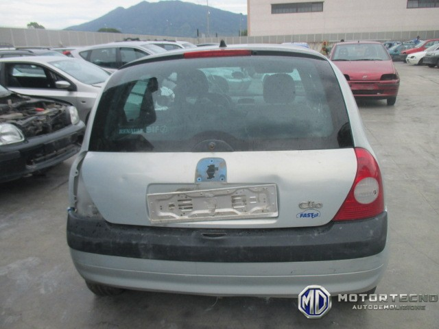 Renault Clio II restyling 2001 2006 grigia 2
